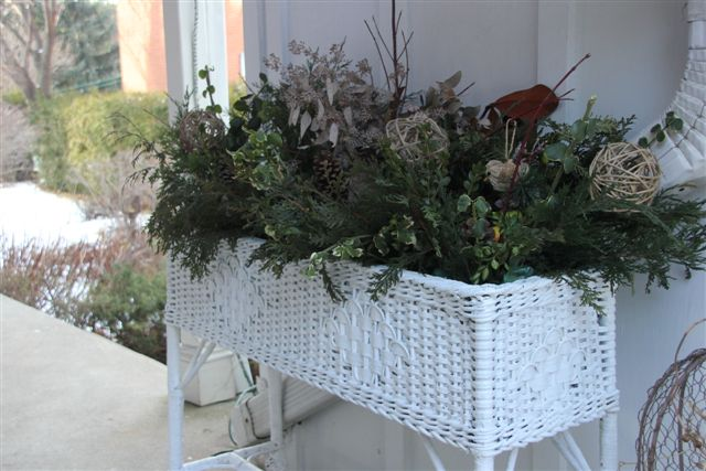 Blog Photo - Chirstmas Arrangement Outdoor