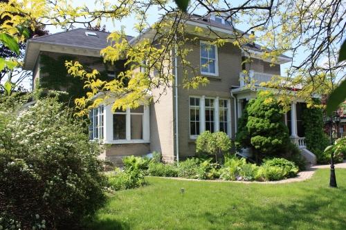 Blog Photo - Picton House Exterior