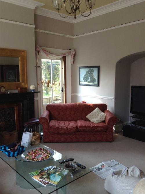 Blog Photo MT LRoom red sofa