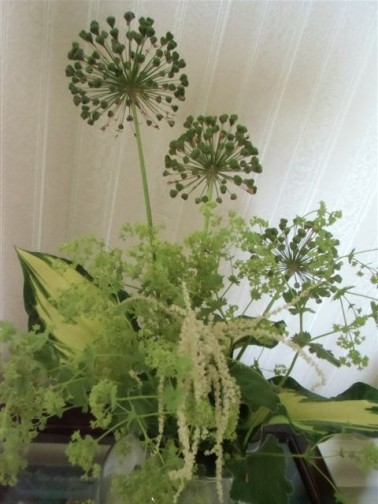 Blog Photo - flowers with alium closer