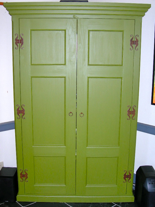 Blog Photo - Armoire
