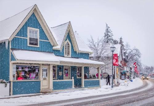 Main Street photos by Lorne Chapman