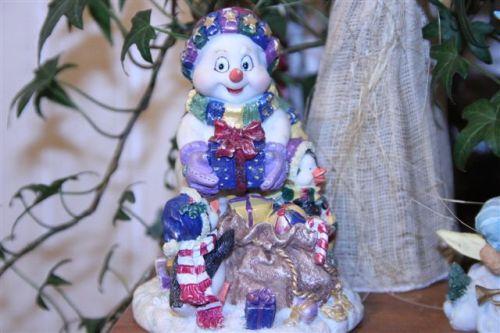 Blog Photo - Christmas ornamanets Snow Bear and Gifts Ceramic
