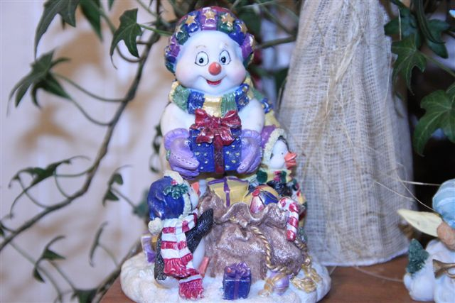 Blog Photo - Christmas ornamanets Snow Bear and Gifts Ceramic