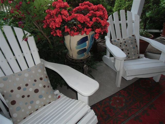 Blog Photo - Garden - Begonias and Muskoka Chairs 23 006