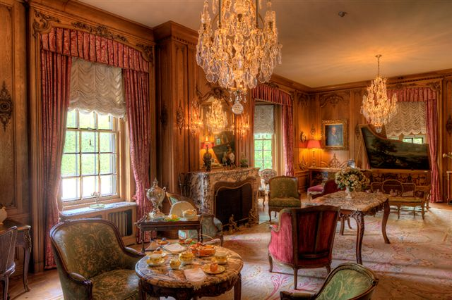 Blog Photo - Parkwood Drawing room