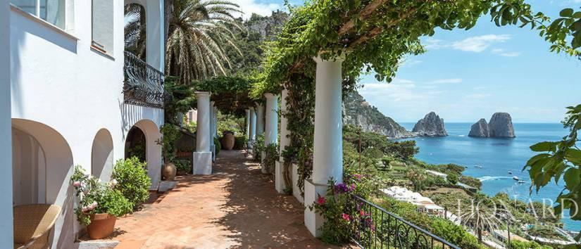 Photo from Lionard Luxury Estates