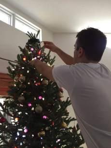 blog-photo-christmas-2016-hands-and-lights