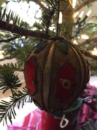 blog-photo-christmas-2016-single-ornament-2