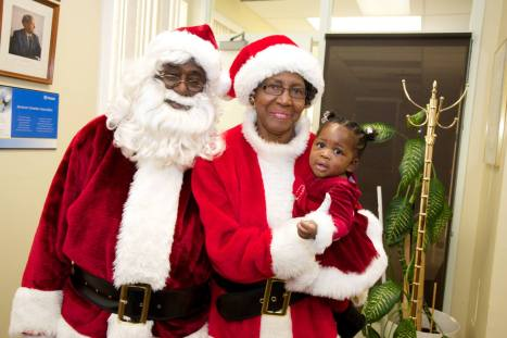 Blog Photo -- Mr and Mrs. Claus - Eddie Grant Photo