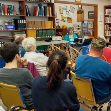 Blog Photo - Laurie reading VasselboroMaya170604