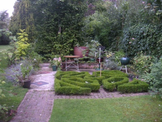 Blog Photo - Hilary Knot Garden 2