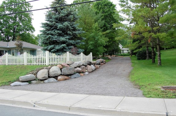 Blog Photo - Wayne and Carol new driveway and huge rocks