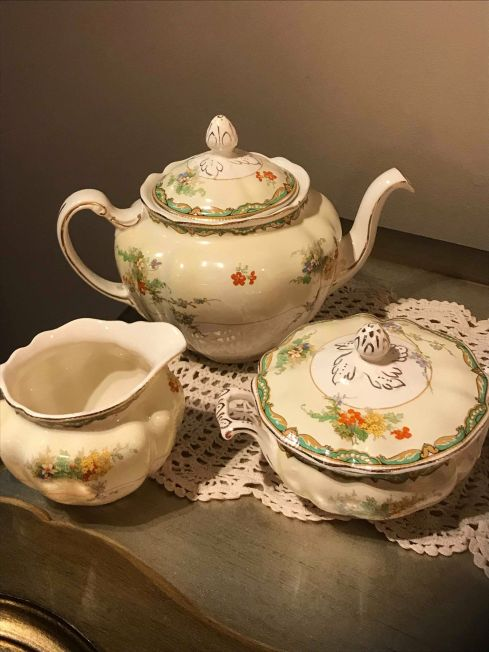 Blog Photo - Anne's dish set completer items 1
